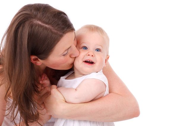 1024px-Mother_Kissing_Baby